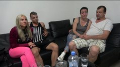 [Czech Wife Swap 8 Part 1] Чешский обмен женами 8 часть 1